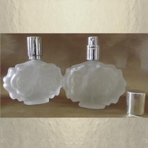 Vaporisateur de parfum vide et rechargeable Modèle givré fleur en reliefs 30 ml Atomiseur classique  - Au pays des senteurs