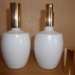 Vaporisateur de parfum verre blanc modèle boule 125 ml vide et rechargeable Vaporisateurs de parfum - Au pays des senteurs