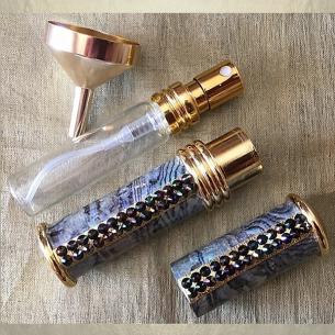 Vaporisateur de parfum plaqué or CRISTAL DE SWAROVSKI RAINBOW DARK et nacre artisanal Plaqué or, chrome
