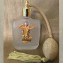 Vaporisateur de parfum poire or artisanal camée en porcelaine froide dame de dos, verre givré 100 ml