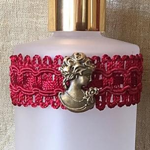 Vaporisateur de parfum poire longue bordeaux antique et camé décoration artisanale Artisanal romantique