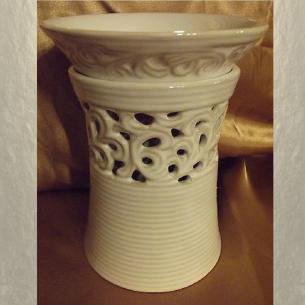 Diffuseur électrique pour galets cire / tartelettes en cire / pastilles en cire en céramique dentelle  - 1