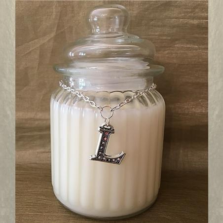 Bougie CRISTAL DE SWAROVSKI initiale cire naturelle de soja parfumée personnalisée N°2