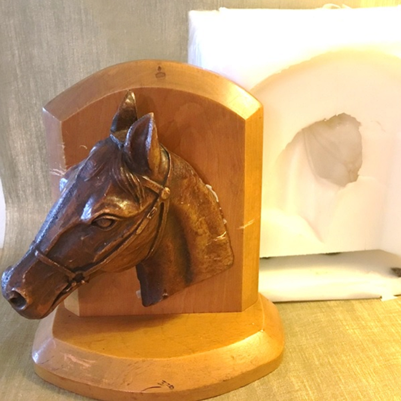 Bougie statue cheval en bois et moule artisanal