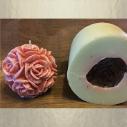 Bougie  décorative sculpture parfumée sucre roux artisanale boule de rose