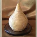 Bougie sculpture artisanale décorative cire naturelle de soja modèle poire en relief perlé or 9,5 cm x 7,5 cm