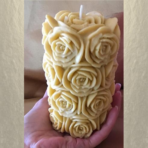 Bougie pilier 14 cm sculpture décorative artisanale cire naturelle de soja. Bougie Personnalisable