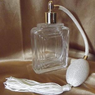 Vaporisateur de parfum poire carré relief 110 ml vide et rechargeable Vaporisateurs de parfum