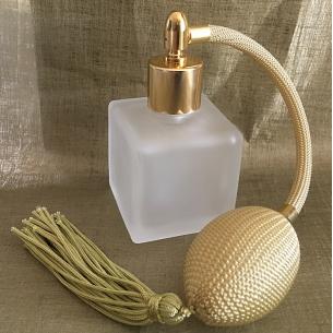 Vaporisateur de parfum poire carré givré 50 ml Vaporisateurs de parfum