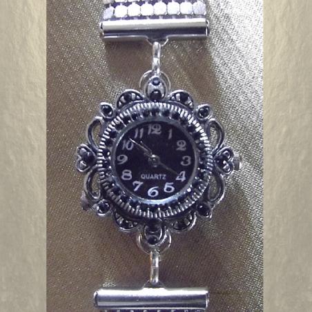 Montre Cristal de swarovski JET artisanale cotte de maille argent gros plan