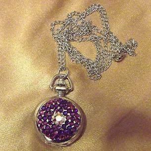 Montre CRISTAL DE SWAROVSKI  VOVCANO à gousset et miroir sautoir argent décoration artisanale