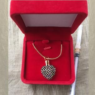 Collier Pendentif fiole Mémorial, fiole à parfum précieux CRISTAL DE SWAROVSKI artisanal cœur or écrin velours rouge