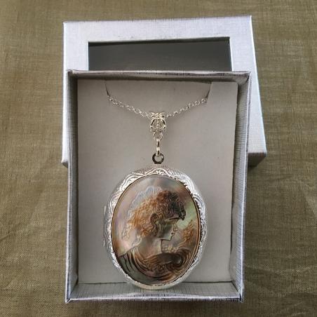Collier pendentif porte photo, pilulier camé nacre d'Abalone, artisanal argent dans coffret cadeau