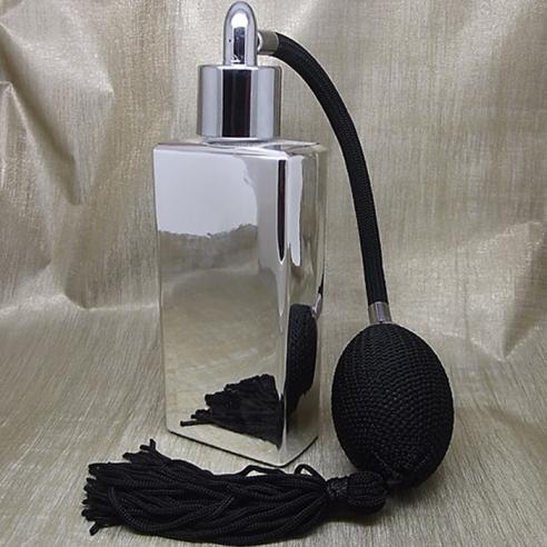 Vaporisateur de parfum poire noire effet miroir argent rectangle 55 ml Poire rétro longue - Au pays des senteurs