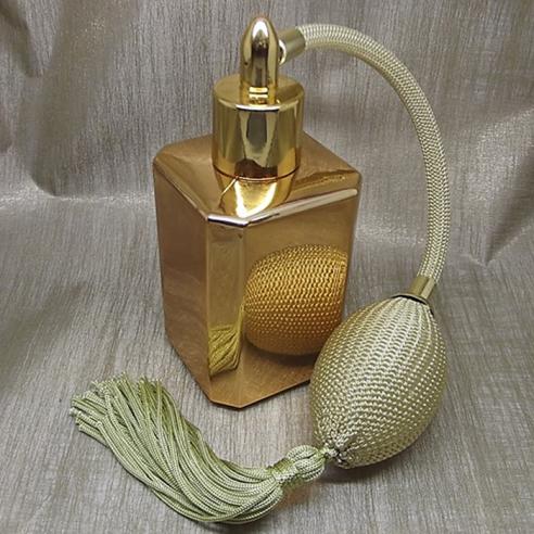 Vaporisateur de parfum poire or effet miroir or carré 55 ml Vaporisateurs de parfum