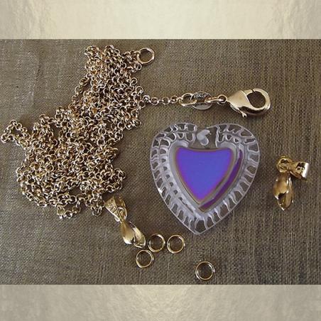 Collier CRISTAL DE SWAROVSKI COEUR  Réf  6231 vintage plaqué or artisanal détail