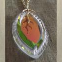 Collier pendentif vintage CRISTAL DE SWAROVSKI marquise Réf  6236 plaqué or gros plan