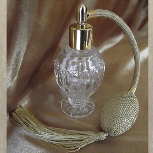vaporisateur de parfum poire or modèle boule sur pied 50 ml