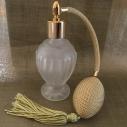 Vaporisateur de parfum poire or boule sur pied verre givré