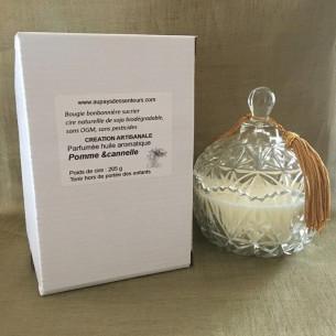 Bougie parfumée pomme et cannelle artisanale bonbonnière sur pied dans boîte coffret cadeau