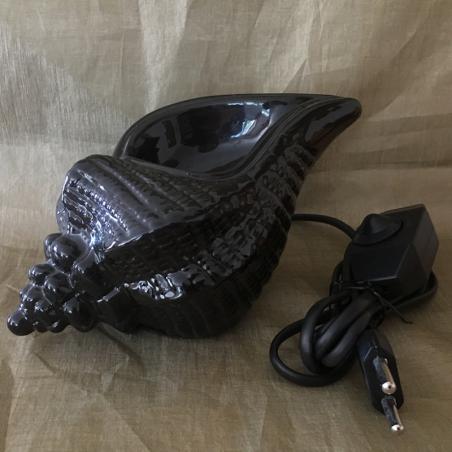 Lampe diffuseur de parfum coquillage noir en céramique artisanale