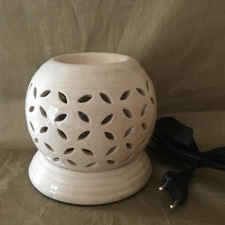 Lampe diffuseur de parfum céramique couleur ivoire artisanale