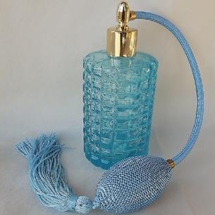 Vaporisateur de parfum poire, vide et rechargeable modèle verre bleu rétro 100 ml Poire rétro longue - Au pays des senteurs
