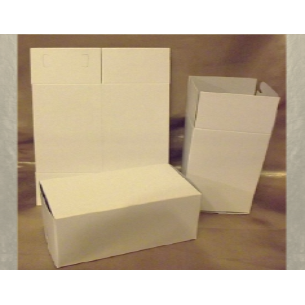 Petite boite carton blanche...