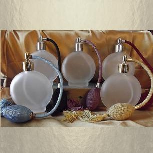 Vaporisateur de parfum poire rond plat givré 120 ml vide et rechargeable Vaporisateurs de parfum - Au pays des senteurs