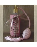 Catégorie Artisanal CUIR, TISSUS - Au Pays des Senteurs : Vaporisateur de parfum CRISTAL DE SWAROVSKI corset cuir parme irisé...