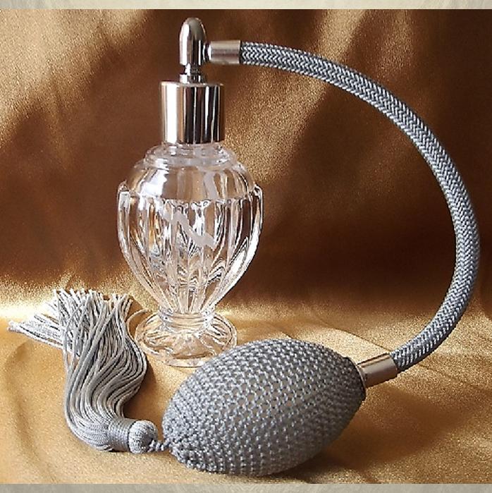 vaporisateur de parfum poire grise boule sur pied 50 ml
